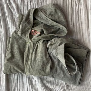 Juicy Couture Velour Track Suit/size M
